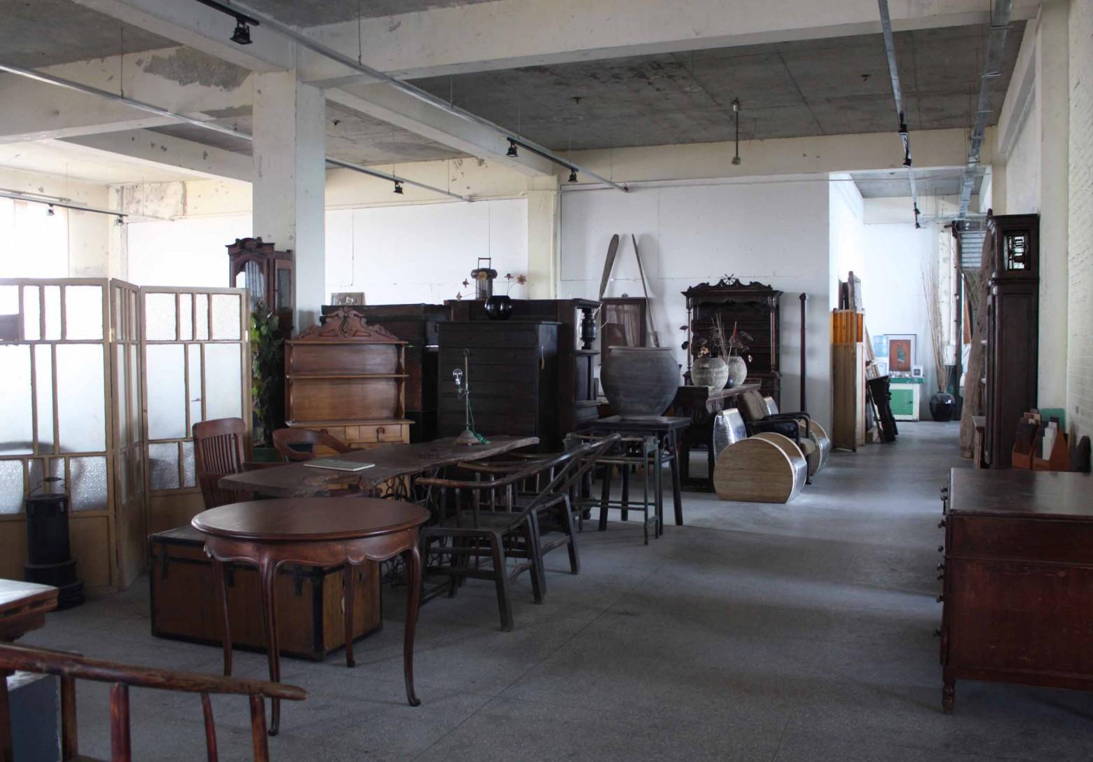 Fördelarna med att äga antika möbler